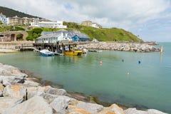 Costa sud dell'isola di Wight del porto di Ventnor della città del turista dell'isola Fotografia Stock