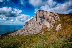 Costa sur de Crimea imagenes de archivo