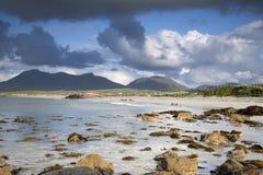 Costa a Tully Cross, parco nazionale di Connemara Immagine Stock Libera da Diritti