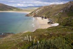 Costa vibrante de Tramore perto da cabeça do chifre em Donegal Imagens de Stock