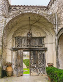 Costa vieja Italia de Cimbrone Ravello Amalfi del chalet de la entrada de la puerta Imagen de archivo libre de regalías