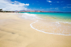 Costacalmastrand på den Jandia halvön, Fuerteventura, kanariefågelöar royaltyfria foton