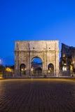 Costantine båge nära Colosseumen, Rome, Italien Arkivbilder