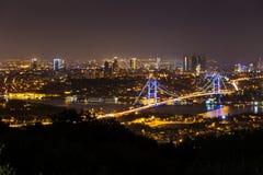 Costantinopoli alla notte immagine stock