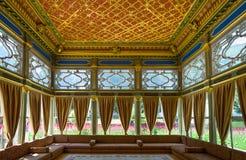 Costantinopoli e la coesistenza di architettura classica ed ultramodern immagine stock libera da diritti