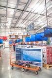Costco-Großhandel mit Reihe der Großleinwand, intelligente Fernsehanzeige Lizenzfreie Stockbilder
