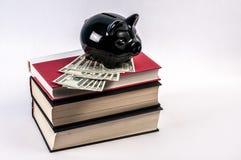 Coste de educación costoso Imagen de archivo