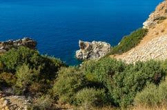 Costee entre el und Agios Pavlos de Agios Georgios en el sur de Creta fotografía de archivo libre de regalías