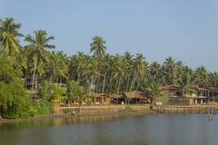 Spiaggia dei rem-uomo in Goa fotografia stock