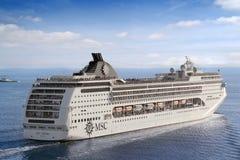 Costela Luminosa do navio de cruzeiros Fotos de Stock