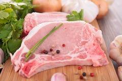 Costeleta de carne de porco crua fotos de stock royalty free