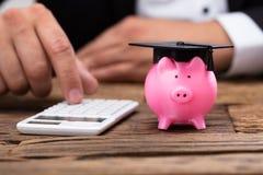 Costes de educaci?n imágenes de archivo libres de regalías