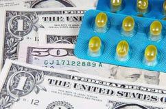 Costo de la medicina. Fotos de archivo libres de regalías