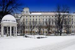 Costruendo continentale e neve a Rijeka, Croazia Immagine Stock Libera da Diritti