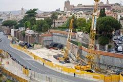 Costruendo il sottopassaggio a Roma fotografia stock