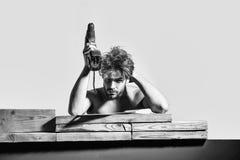 Costruttore erotico Costruttore muscolare sexy dell'uomo Fotografia Stock Libera da Diritti