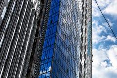 Costruttori della costruzione più alta a Kiev sugli impianti ad alta altitudine Immagine Stock