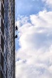 Costruttori della costruzione più alta a Kiev sugli impianti ad alta altitudine Fotografia Stock