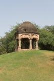 Costruzione archeologica a Mehrauli, Nuova Delhi Immagine Stock