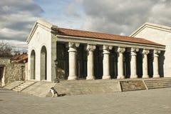 Costruzione con le colonne in Mtskheta, Georgia Fotografie Stock Libere da Diritti