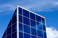 Costruzione con le finestre di vetro Immagine Stock Libera da Diritti