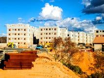 Costruzione degli impianti, costruzione degli edifici residenziali fotografia stock