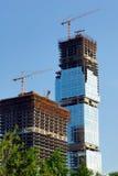Costruzione dei grattacieli del centro internazionale di affari immagini stock libere da diritti