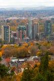 Costruzione dei grattacieli a lungomare del sud Portland O U.S.A. Immagine Stock