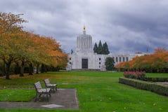Costruzione del Campidoglio dell'Oregon in autunno Immagini Stock Libere da Diritti