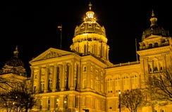 Costruzione del Campidoglio dello stato dello Iowa inclinata Fotografia Stock Libera da Diritti