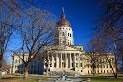 Costruzione del Campidoglio dello stato di Kansas nell'inverno Fotografia Stock