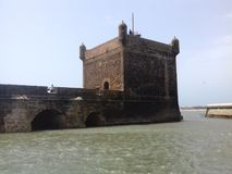 Costruzione del castello del mare vecchia fotografia stock libera da diritti