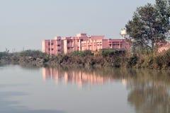 Costruzione del centro di salute pubblica in India fotografie stock