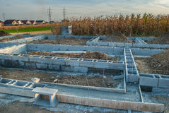 Costruzione del fondamento della nuova casa Fotografia Stock Libera da Diritti