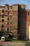 Costruzione del ghetto del centro urbano immagini stock libere da diritti