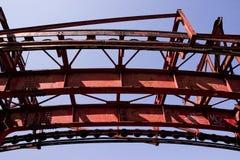 Costruzione del metallo della ruggine nel cielo Fotografia Stock