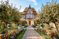 Costruzione del municipio a Deauville, Francia fotografia stock