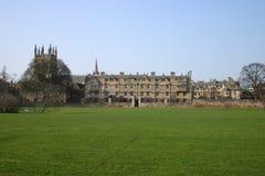 Costruzione del prato dell'Università di Oxford dell'istituto universitario della chiesa del Christ Immagine Stock
