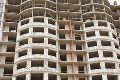 Costruzione del primo piano multipiano dell'edificio residenziale Alloggi nuovi Immagine Stock