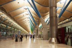 Costruzione dell'aeroporto Corridoio aspettante fotografia stock