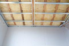 Costruzione dell'isolamento del soffitto Immagine Stock Libera da Diritti