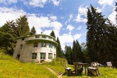 Costruzione della capanna della foresta Fotografia Stock