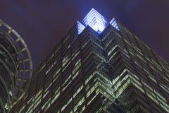 Costruzione della città alla notte immagine stock libera da diritti