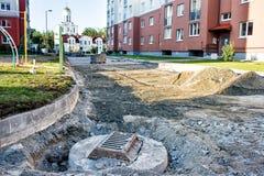 Costruzione della covata della fogna in nuova strada Fotografia Stock Libera da Diritti