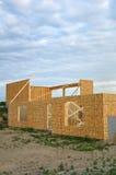 Costruzione della nuova casa, pareti incorniciate del basamento Fotografia Stock Libera da Diritti