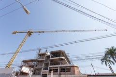 Costruzione della costruzione, proprietà, investimento, proprietà, risparmio Concetto di investimento e di finanza immagine stock libera da diritti