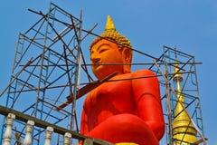 Costruzione della statua nuova di Buddha Fotografie Stock