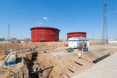 Costruzione della stazione di pompaggio dell'olio Immagini Stock