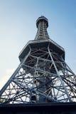 Costruzione della torre dell'allerta di Petrin a Praga, repubblica Ceca Fotografie Stock