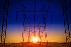 Costruzione delle linee elettriche Fotografie Stock